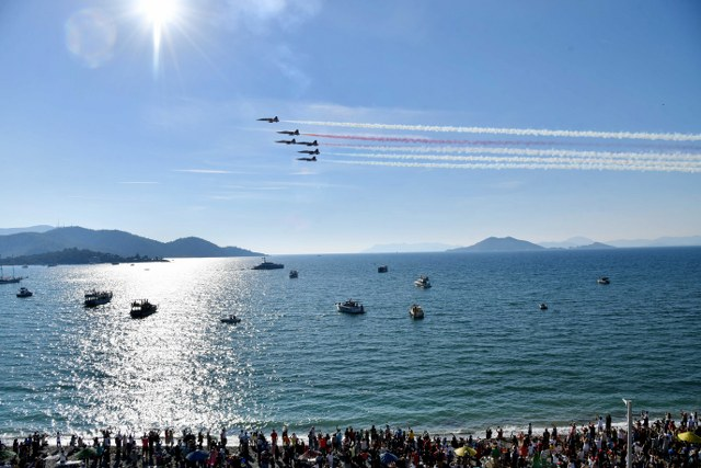 Türk Yıldızları'ndan Fethiye'de Muhteşem Gösteri